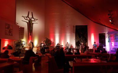 Kultur in der Kirche: Maschinchen Buntes goes MLKG – Toller Konzert-Abend